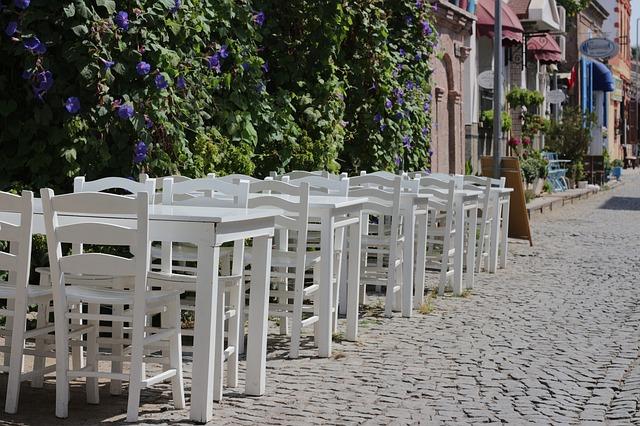 restaurant-1685571_640